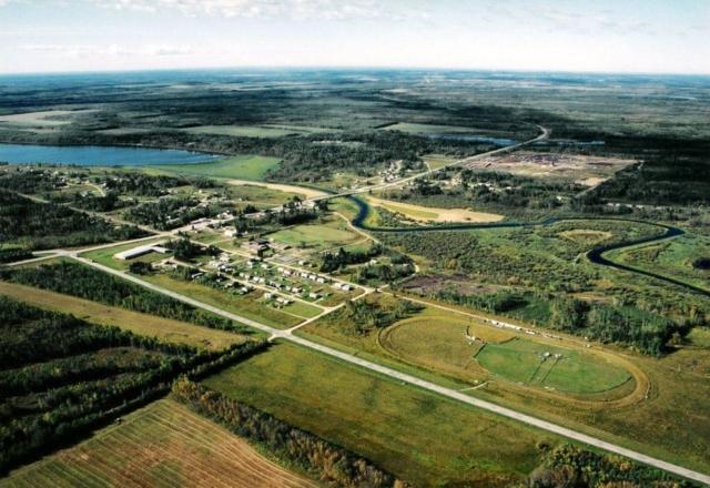 Village of Green Lake - Facing West